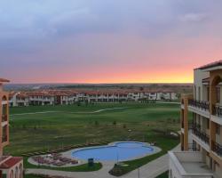 VIP Golf Apartments