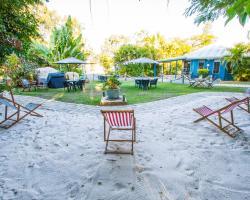 Boyne Island Motel and Villas
