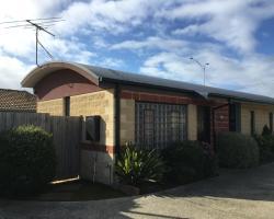 Coast Road Holiday Apartments Geelong
