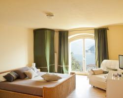 Como View Apartment