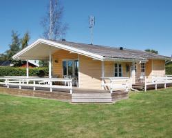 Holiday home Hybenrosevej