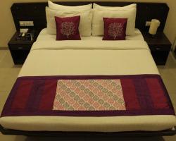OYO Premium Dashmesh Dwar Jabalpur