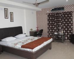 Shriyans Rest House