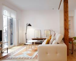 Salamanka Apartment by FeelFree Rentals