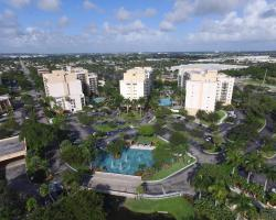 Luxury Condo at Wyndham Palm-Aire