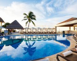 Desire Riviera Maya Resort
