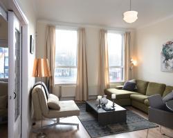 BizStay Cornerhouse Apartment