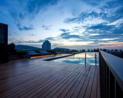 Phuket Modern Luxury Living