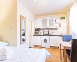 Golders Green Apartment