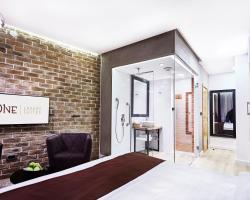 One Luxury Suites