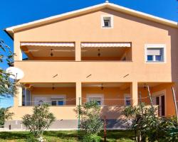 Apartments Irma 214