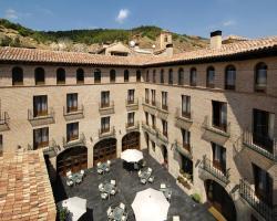 Hotel Cienbalcones