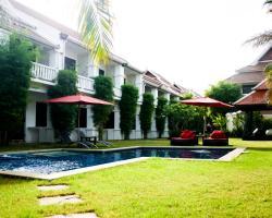 Palm Grove Resort, Pattaya