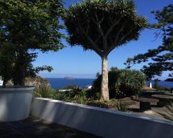 Living Azores Casa do Monte