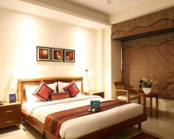 FabHotel Noida City Centre