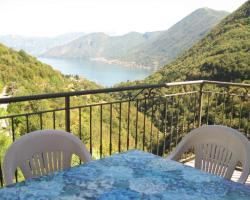 Mirabella Como Lake