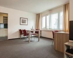 EMA House Serviced Apartments, Aussersihl
