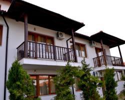 Guest House Kontrasti