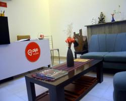 OYO Rooms GK N Block Market