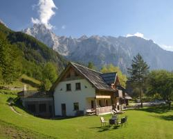 Farmhouse Lenar