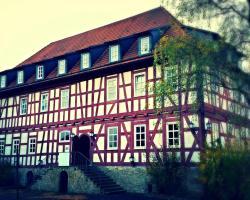Burg Edelhof Hotel-Restaurant