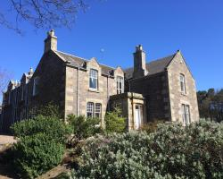 Kirkton Barns Country House