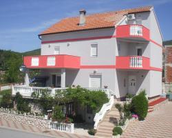Apartments Malnar
