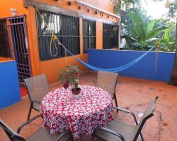 Casa Naranja - The Happiness Apartment