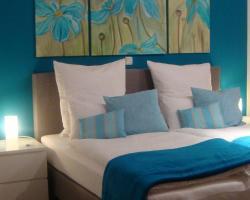 Hotel Flower Power