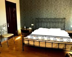 Victoria Royal Hotel