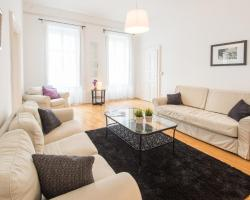 Lovely 2BD on Király street