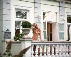 Villa Rosa Residence