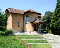 Noce Holiday Home