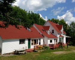 HI-Wentworth International Hostel & Lodge