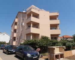 Apartments Aldomar