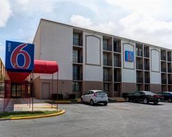 Motel 6 Jackson, TN