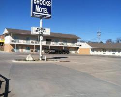 Brooks Motel
