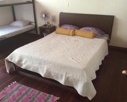 In & Basic Hostel Lounge