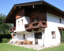 Holiday home Chalet Neuhaus 1