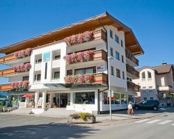 Apartmenthaus Brixen & Haus Central