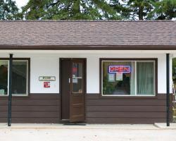 Birch Motel