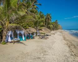 Playa la Roca Ecohotel
