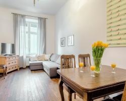 Stylish&Cosy Apartments by Tyzenhauz