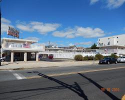 Sifting Sands Motel