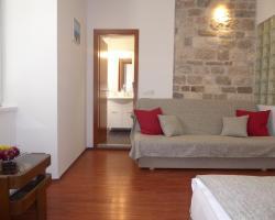 Studio Apartment Mila