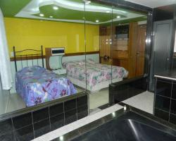 Midway Motel (Adult Only)