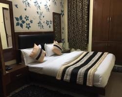 Hotel Darpan Palace