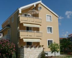 Apartments Toni, Borik