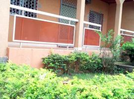 Camer villa, Emana