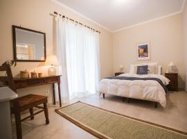 Caposaldo Apartments, Akrata